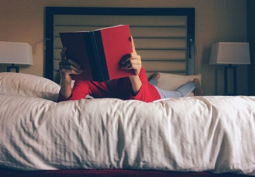 improving your learning while reading in bed
